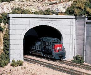 Tunnelingangen