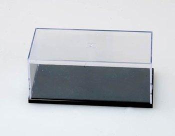 Kunststof vitrine met zwarte kunststof onderkant, afm.: 170 x 75 x 67 mm