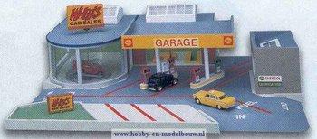 Garage met showroom