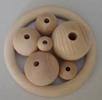 Houten bollen 15 mm, met boorgat 5 mm