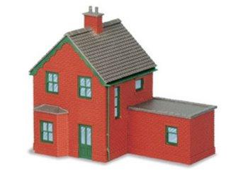 Stationswoningen met uitbouw