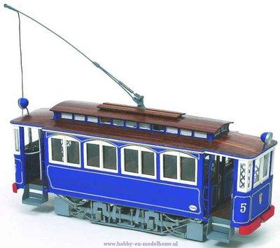 Tram Tibidabo Tramvia Blau voor spoor G