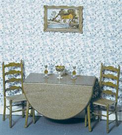 Uitklapbare tafel met 2 stoelen en een schilderijlijst