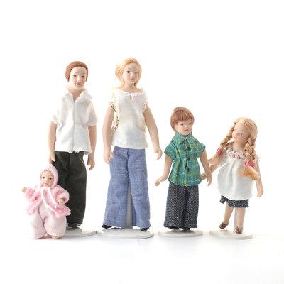 Set van 5 poppen. Jeans familie