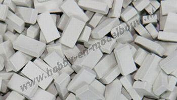 Lichtgrijze steen 1:24, afm.: 10 x 4,8 x 3 mm