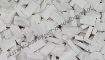 Witte steen 1:72. Afm.: 3,6 x 1,8 x 0,9 mm