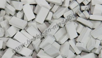 Lichtgrijze steen 1:72. Afm.: 3,6 x 1,8 x 0,9 mm