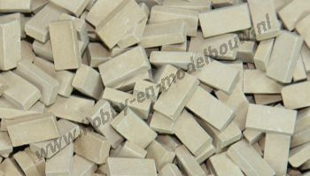 Donkerbeige steen 1:72. Afm.: 3,6 x 1,8 x 0,9 mm