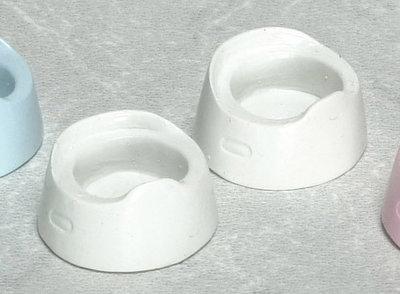 Plastic piespotjes in de kleur wit