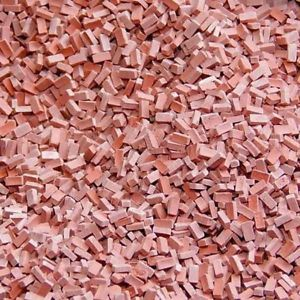 Donkerrode steen 1:120-160. Afm.: 1.0 x 2.0 x 0,5 mm
