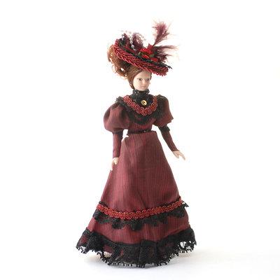 Victoriaanse dame in rode jurk