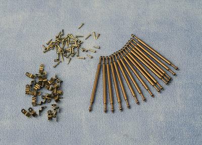 15 traproedes, incl. bevestigingsmateriaal; Poppenhuis 1:12; 1op12; inrichting voor poppenhuizen; poppenhuizen; Tapijt; vloerkl