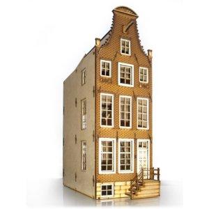 Klokgevel Oudezijds Voorburgwal Amsterdam, schaal 1:12;  schaal 1:12; Poppenhuizen; doe-het-zelf; modelbouw; poppenhuis; victor