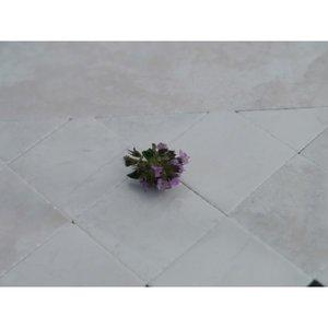 Keramische tegel 26*26*2 mm, kleur: wit/marmer
